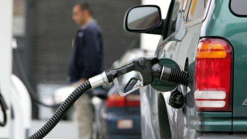 高盛分析師:油價恐在今冬飆升至每桶90美元