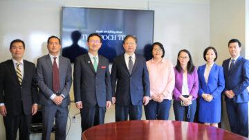 中华民国侨委会委员长拜访新唐人大纪元 赞赏真实的力量