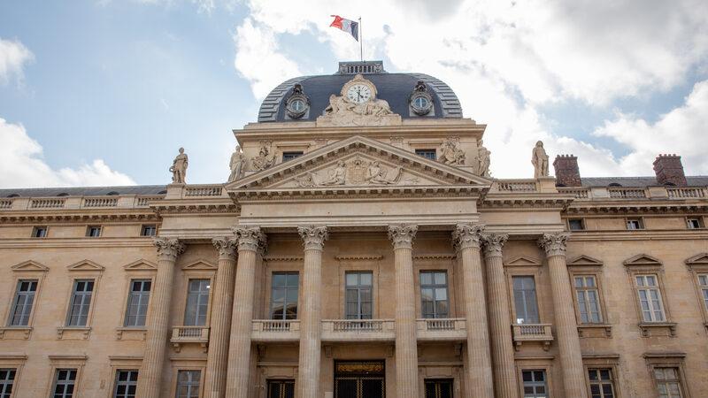 """法国重磅报告揭中共""""跨国镇压""""海外华人"""