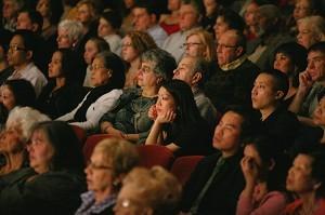 神韵圣路易斯市首场折服当地观众
