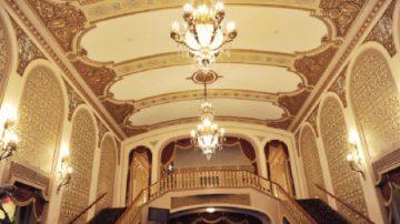 美中南孟菲斯百年歷史劇院迎神韻再創輝煌