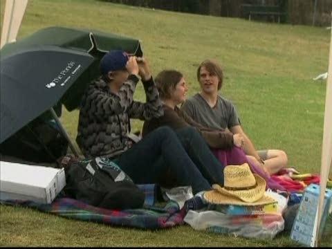人潮湧入悉尼觀賞跨年煙火秀