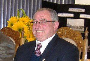 加拿大斯託尼珀蘭市長肯.萊姆克祝賀神韻