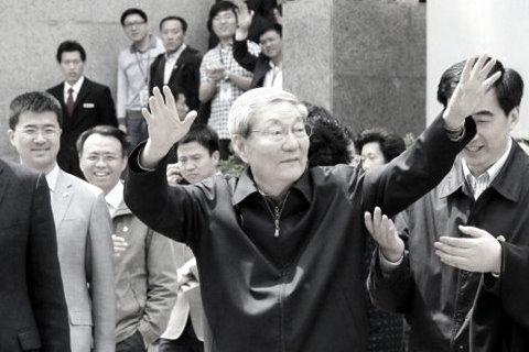 热点互动直播:能否给朱镕基三七开