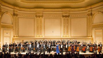 神韻交響樂團世界首演 盛況空前