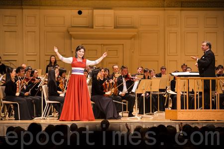 神韻交響樂團波士頓首演八方讚美
