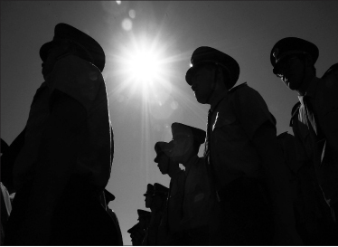 张林:站在十字路口的中共在美特务(1)