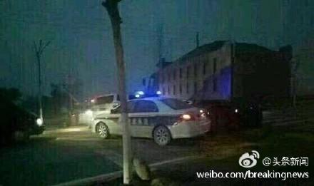 3声枪响!陕西两地警方拔枪对峙