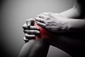 太好了! 长年膝盖痛 腰痛终于有救了! 只要用上它 五分钟居然就不痛了!