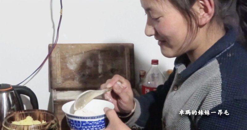 【食‧文化】藏式食記|藏族牧民傳統主食糌粑的做法