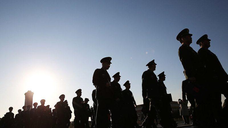 港媒:军中大换将事涉19大 免职者面临三种结果