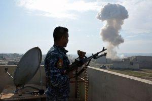 伊軍和IS大學激戰第2天 現疑製作武器化學物質