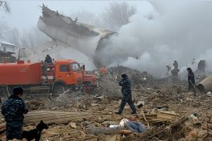 土耳其货机坠毁住宅区 吉尔吉斯居民睡梦中全家罹难