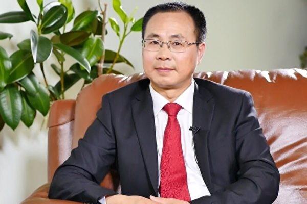 王友群:中共驻纽约总领事章启月根本不爱中国