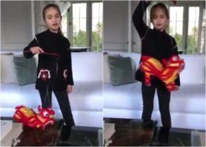 川普外孙女唱中文贺年歌  网友大赞(视频)
