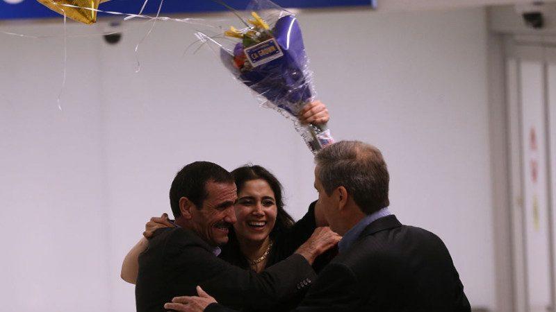 川普禁令下意外獲批 伊朗老夫婦歡喜赴美