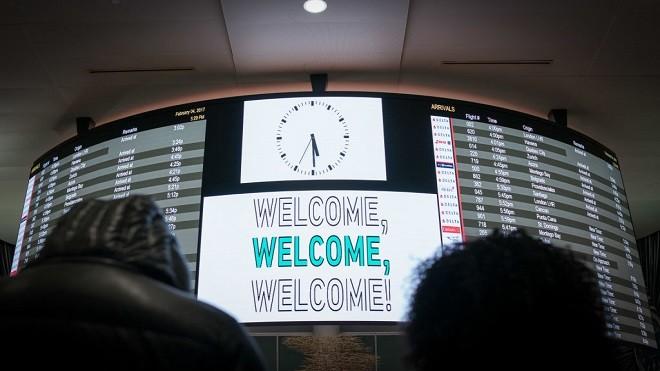 川普禁令暂缓 7个国家旅客赶紧入境美国