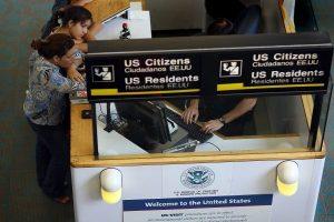 川普旅行禁令被擱置 加國航空運作如常