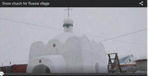 俄罗斯村庄无教堂 男子花6周用雪盖一座