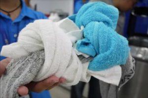超实用!洗衣机里放入它,衣服永不再缠绕在一起 不再打结了!