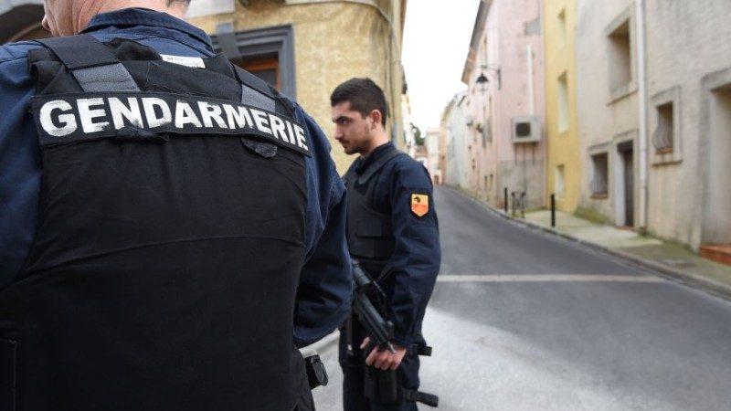 法國逮未爆人肉炸彈 16歲少女與3男落網