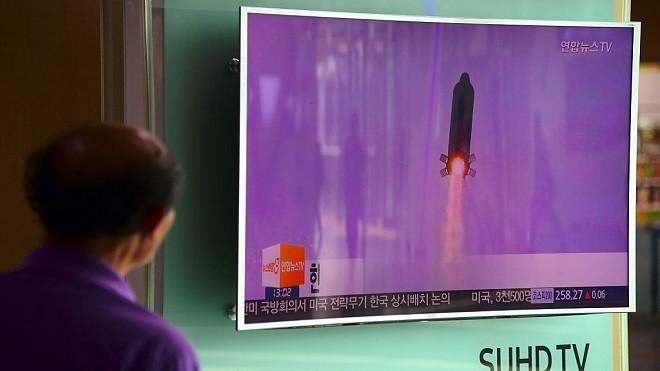 朝鲜今年首发飞弹 韩:飞行约500公里 向美炫武