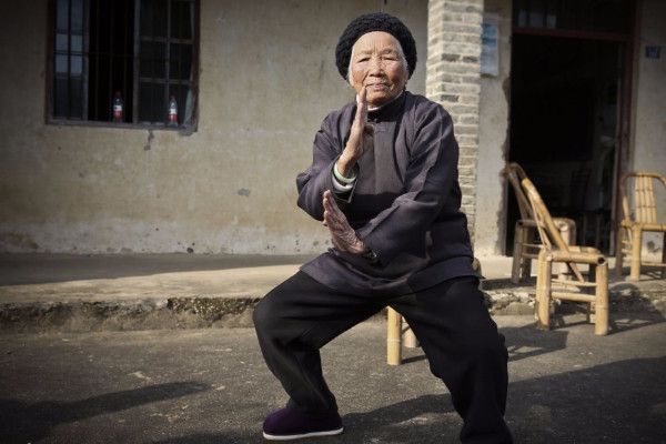 浙江「功夫奶奶」  94歲健步如飛