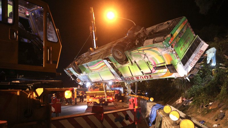 台国道5号游览车32死案 死伤名单公布