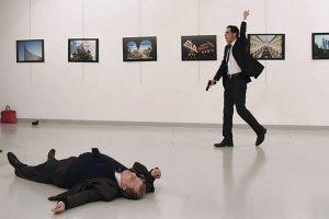 搶拍槍手行刺瞬間 美記者獲新聞攝影獎