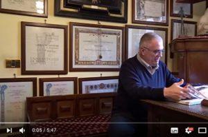 意大利7旬男子獲15個大學學位 世界第一人(視頻)