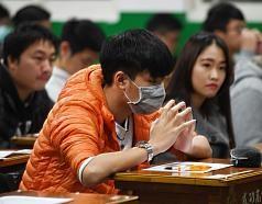 大學學測頂標62級分 滿級分118考生創近7年新低