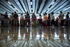 大陸600萬人入法院黑名單    被禁購機票