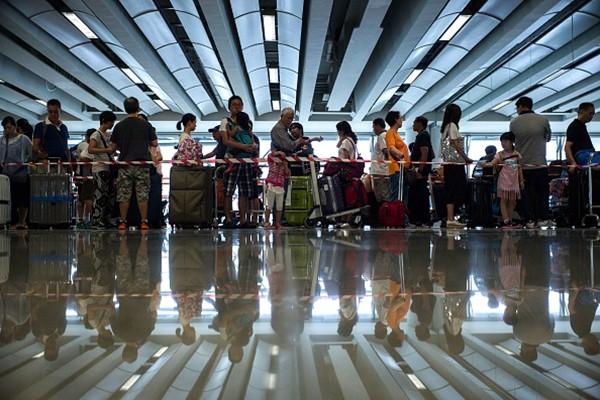 大陆600万人入法院黑名单    被禁购机票