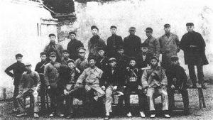 夏曦湘鄂西疯狂肃反 3万红军杀到仅剩3千人