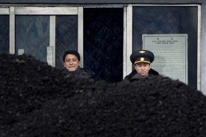 中方突然停止进口朝鲜煤炭 美媒:北京切断朝鲜生命线