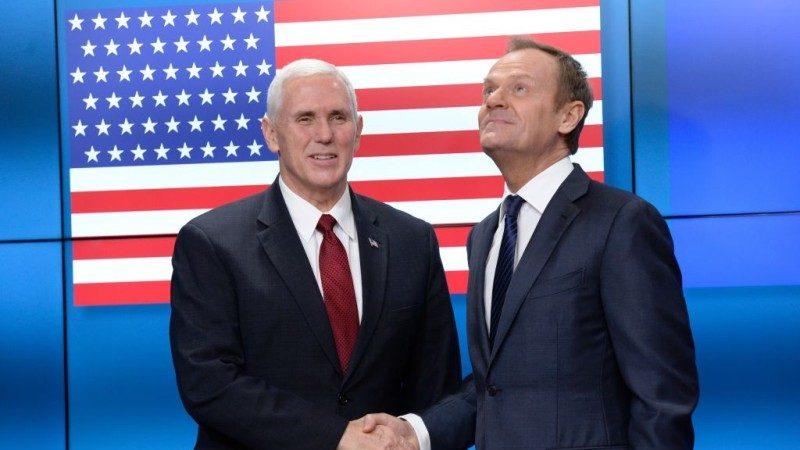 美國國旗51顆星! 彭斯到訪 歐盟鬧笑話