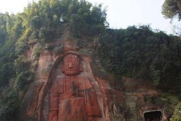 四川八仙山世界第一巨佛 身世至今仍成谜