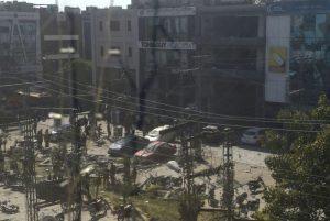 巴基斯坦购物区惊爆 建物摇晃至少5死30伤