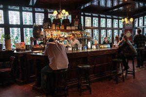 多伦多爆发腮腺炎 卫生官:与市中心酒吧有关