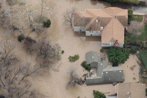 美加州洪水淹聖荷西 華人「望洋興嘆」