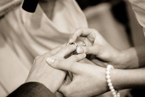 无缘不成婚 催眠看到的爱情真相