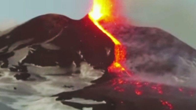 冰火兩重天!意熾熱岩漿瞬間蒸發冰原