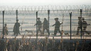 韓媒:6名朝鮮軍人持槍逃跑 進入中國
