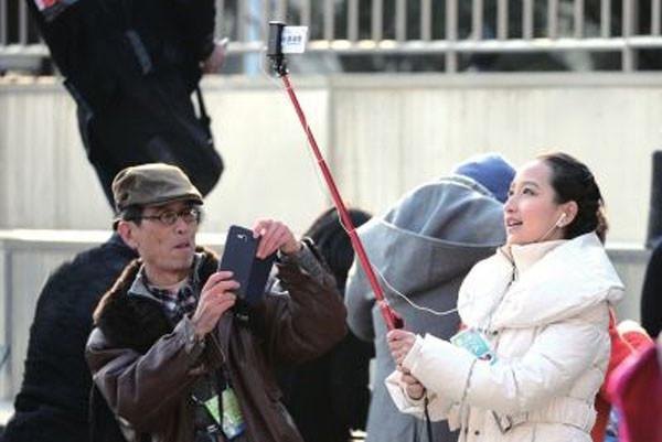 暗殺恐慌蔓延?北京兩會因「安全」封殺自拍桿
