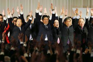 日执政党放宽党魁任期 安倍晋三可望掌权至2021年