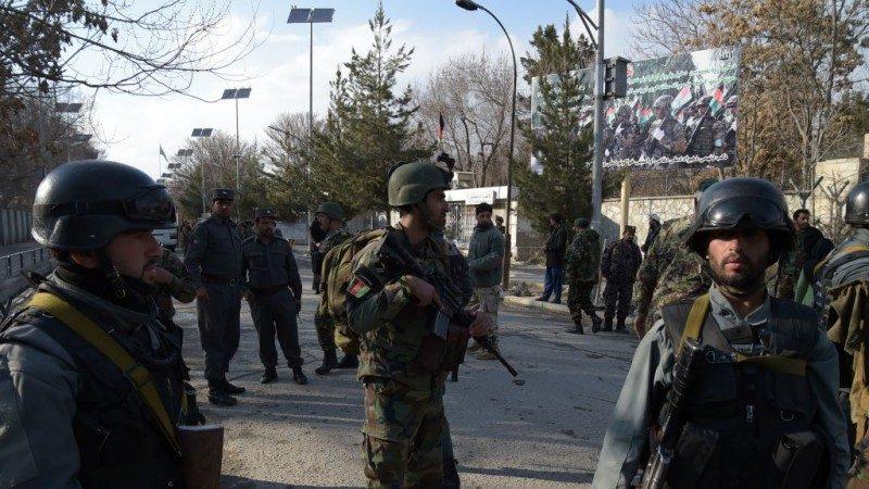 恐怖份子喬裝醫師 攻擊阿富汗醫院30死50傷(視頻)
