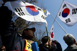 朴槿惠遭弹劾 执政党道歉 在野党给予高评价