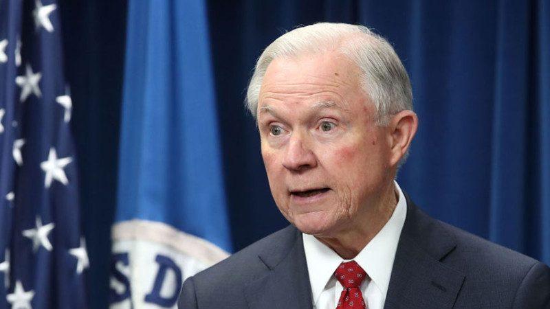 美司法部長: 奧巴馬任命的46檢察官 請離職