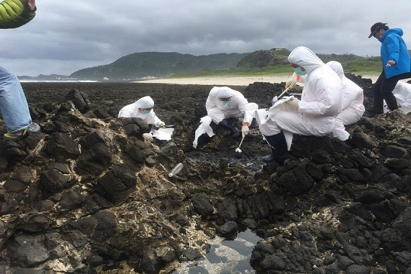 黑潮上2颗明珠 绿岛兰屿沦为国际垃圾场