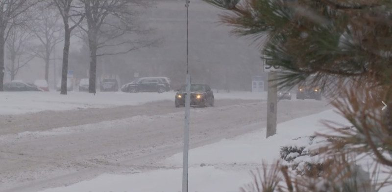 大多伦多部分地区发暴雪警告 最高达30厘米降雪